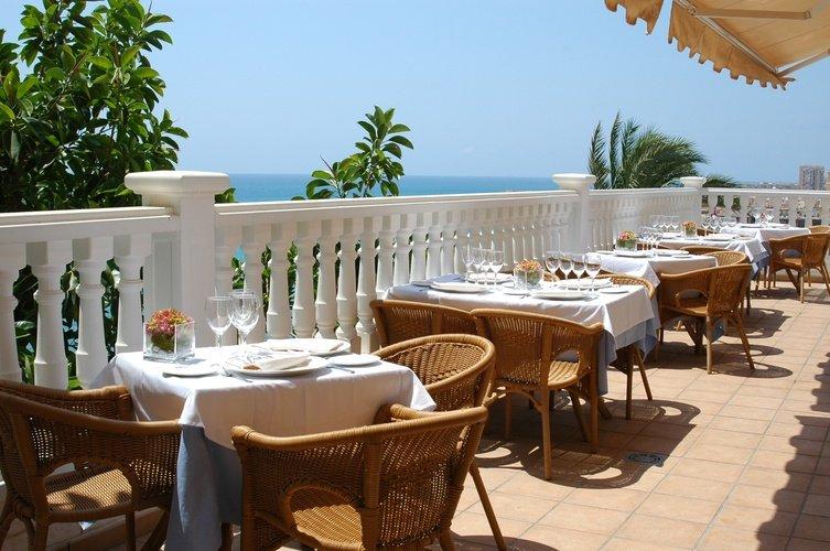 Terrasse Masa Internacional Hotel Torrevieja, Alicante