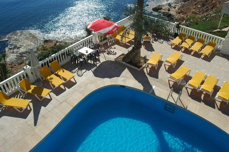 Outdoor swimming pool masa internacional hotel torrevieja, alicante