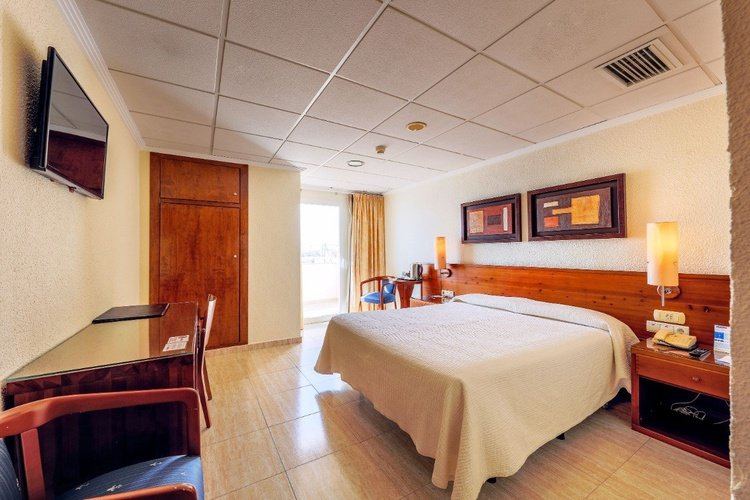 Zimmer masa internacional hotel torrevieja, alicante